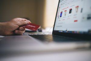 Usar sites como MercadoLivre para fazer empréstimo é ilegal